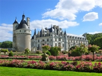 DVORCI LOIRE i PARIZ