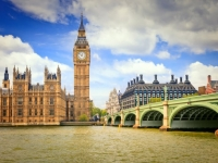LONDON - 5 DANA